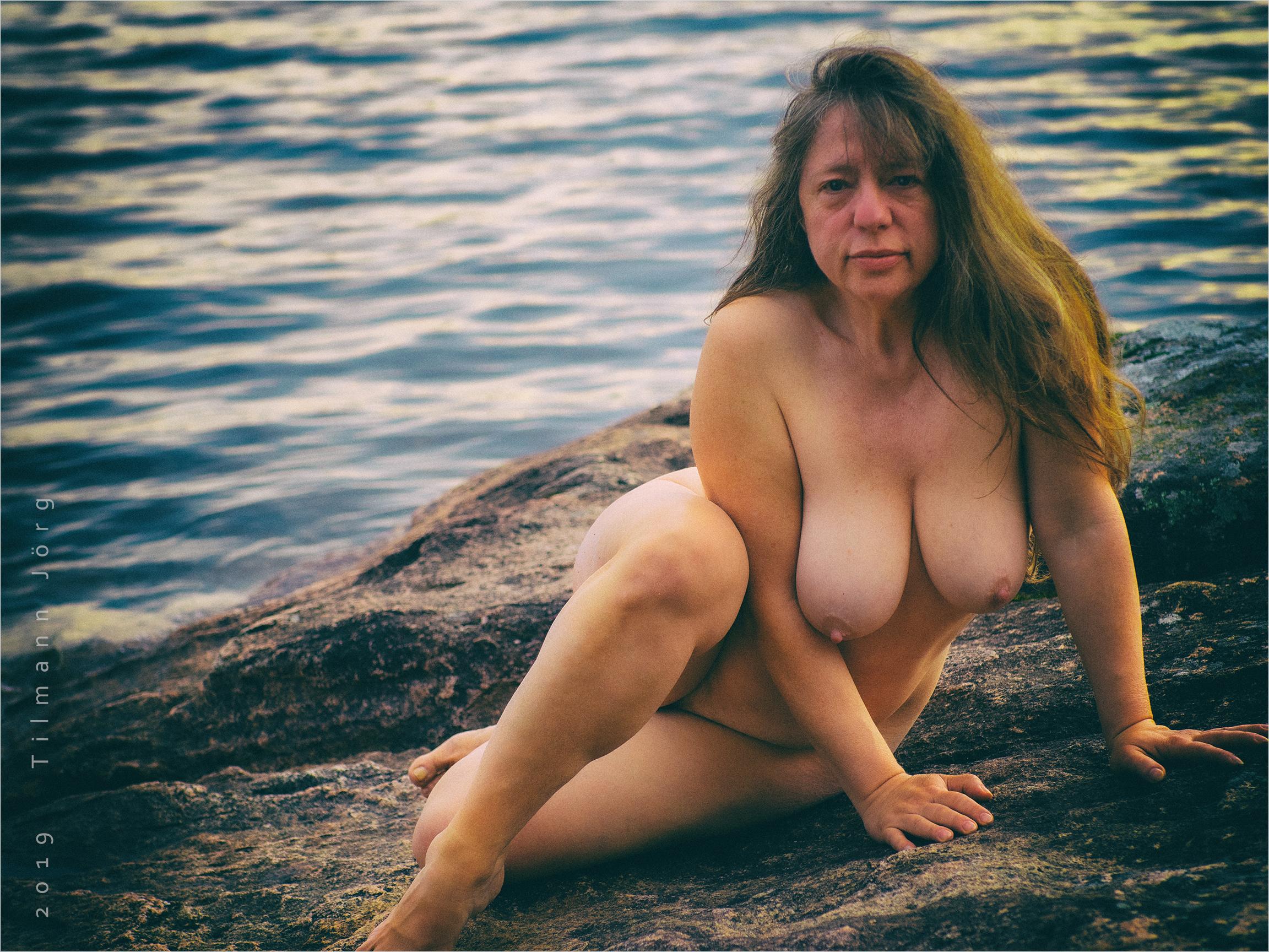 Frauen Nackt Am See
