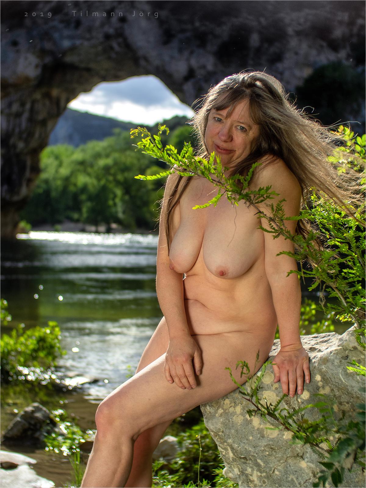 Frauen mit hängebrüsten nackt