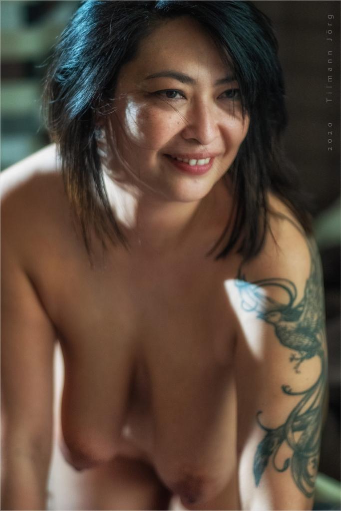 Nackt  Mai Lin Mai Lin